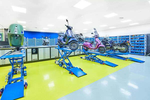 scooter repareren aan huis